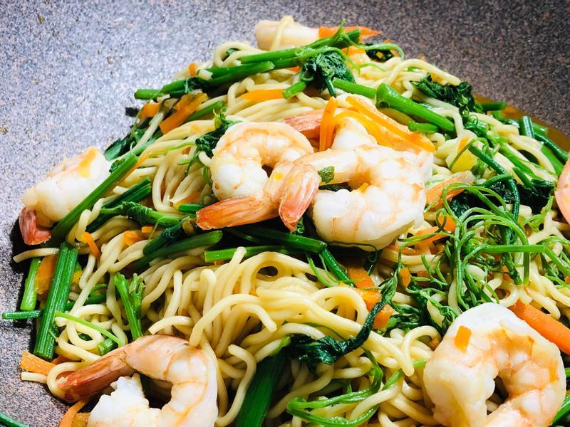 龍鬚菜鮮蝦炒麵