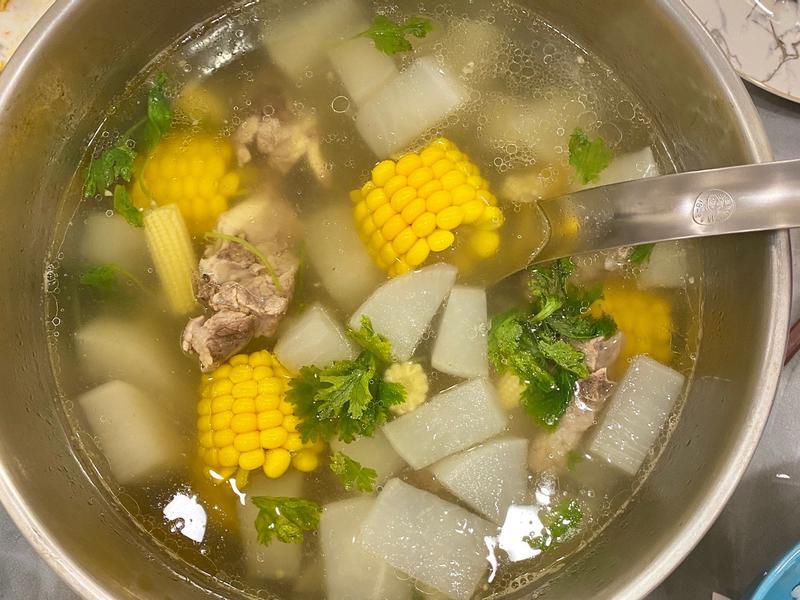 干貝玉米排骨湯(電鍋完成)