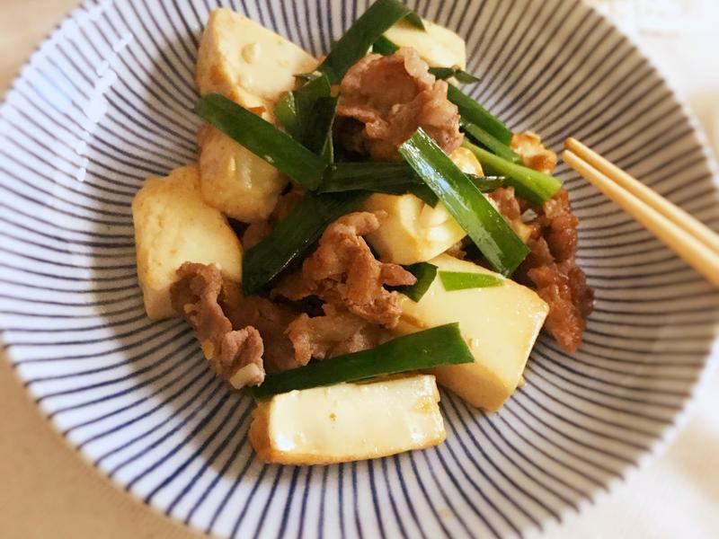 韭菜肉片炒豆腐 (露營OK)