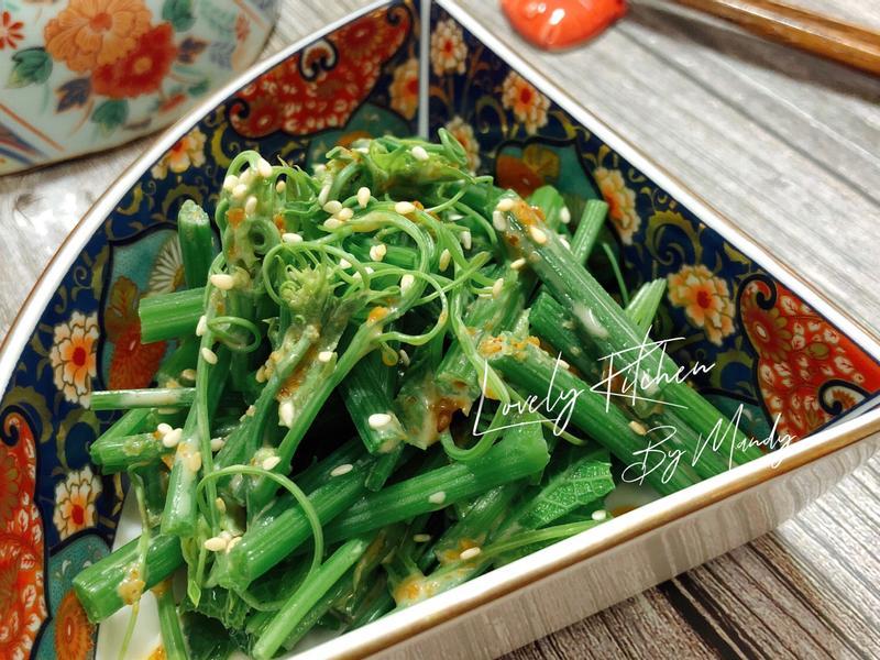 涼拌龍鬚菜佐黃金芝麻醬