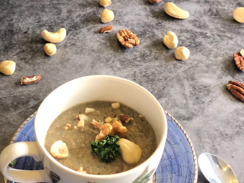 法式料理 <濃湯> 松露蘑菇濃湯