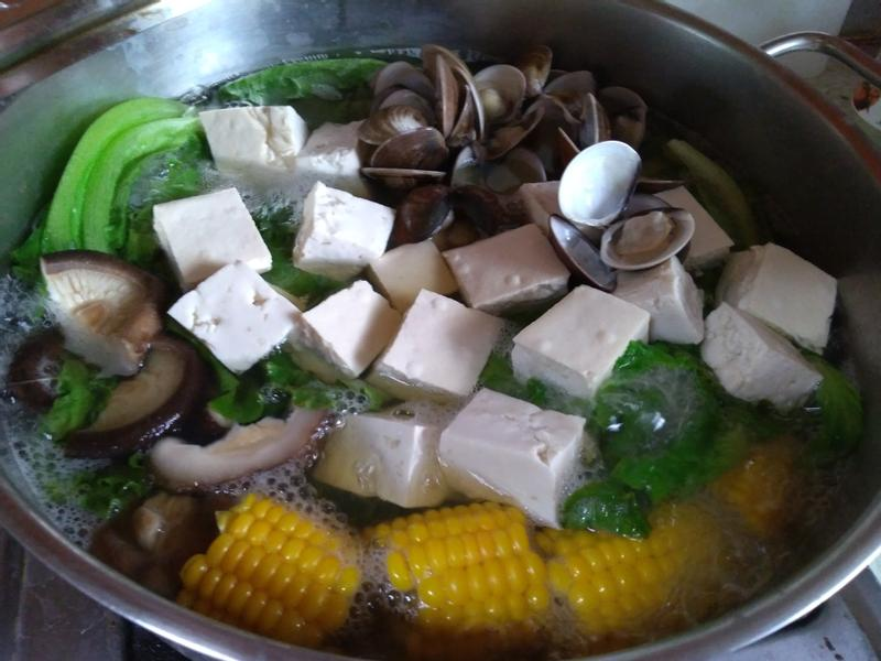 蛤蜊昆布火鍋