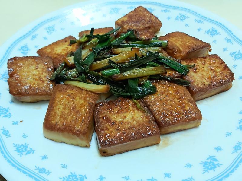 快速簡單料理👩🍳  蔥燒豆腐