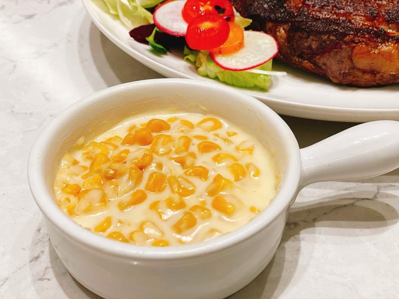 「用電鍋煮出高級牛排館配菜」奶油玉米