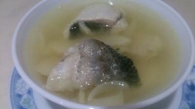 竹筍虱目魚皮排骨湯
