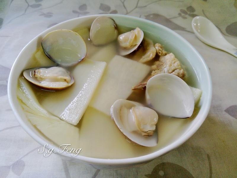 竹筍蛤蠣排骨湯