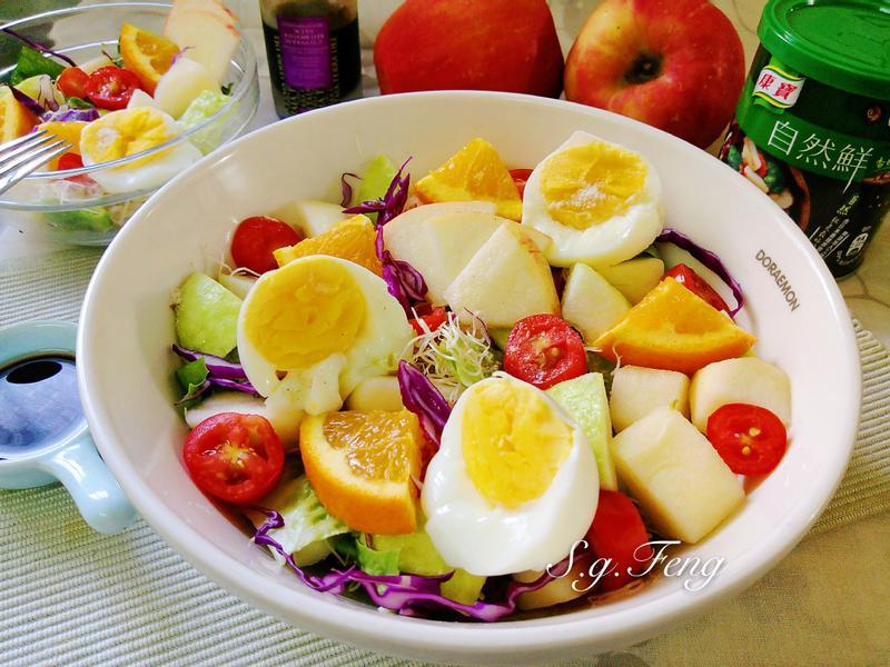 油醋蔬果蛋沙拉