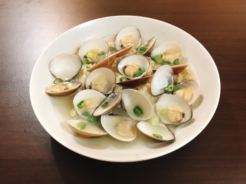 清蒸蛤蜊金針菇(電鍋料理)