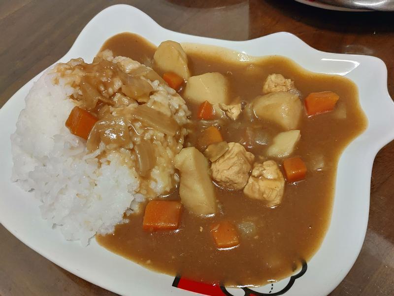 雞肉咖哩飯~記憶中的好滋味