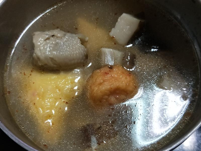 香菇雞湯-雞骨再利用