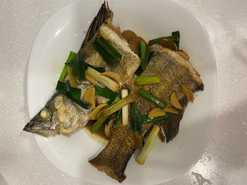 煎鱸魚(紅燒鱸魚)簡易版