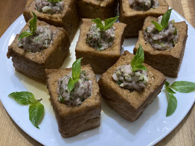 塔香油豆腐釀肉
