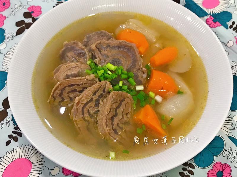 清燉蘿蔔腱子心湯