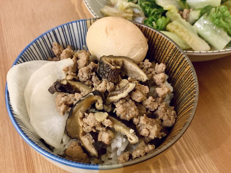 茶香滷肉飯