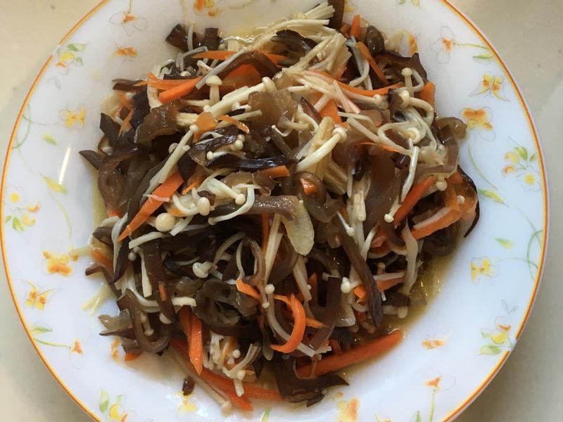 金針菇炒木耳