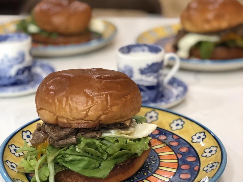 牛肉起司蔬菜漢堡