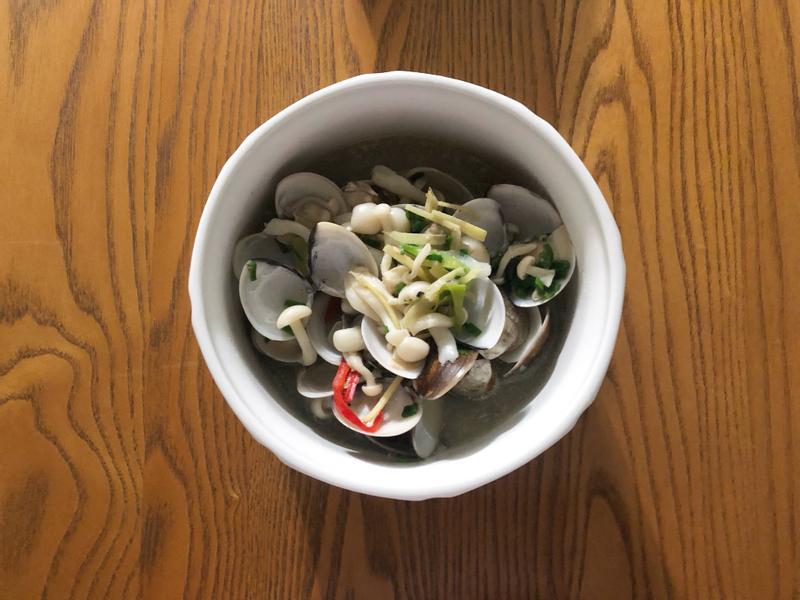 炒蛤蜊白菇