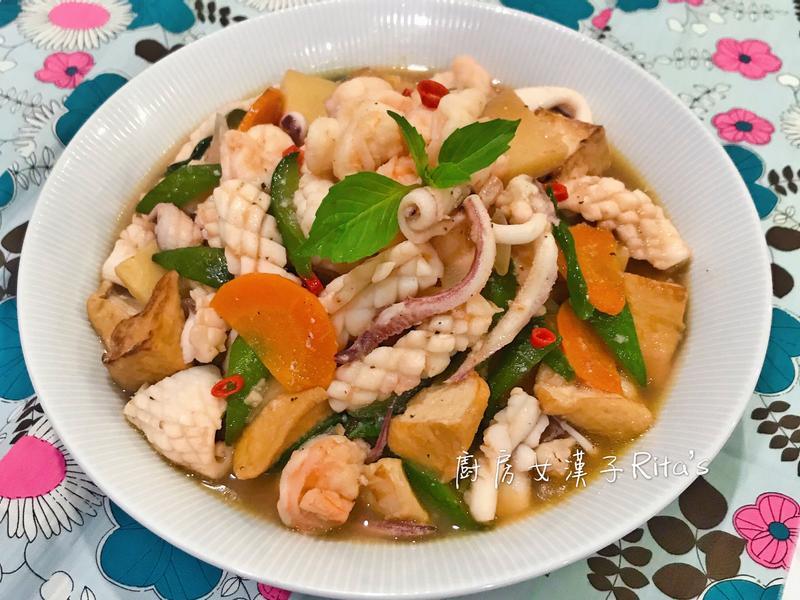 海鮮油豆腐煲