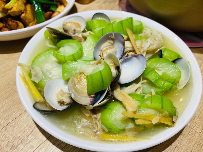 絲瓜蛤蜊炒菇菇