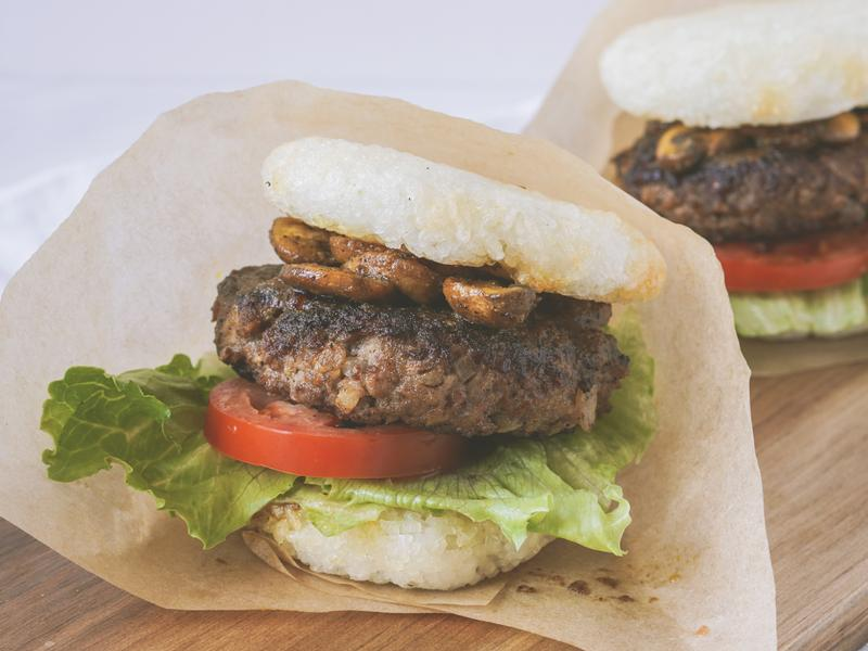 【日式米漢堡】脆脆米麵包與咖喱香菇的絕配