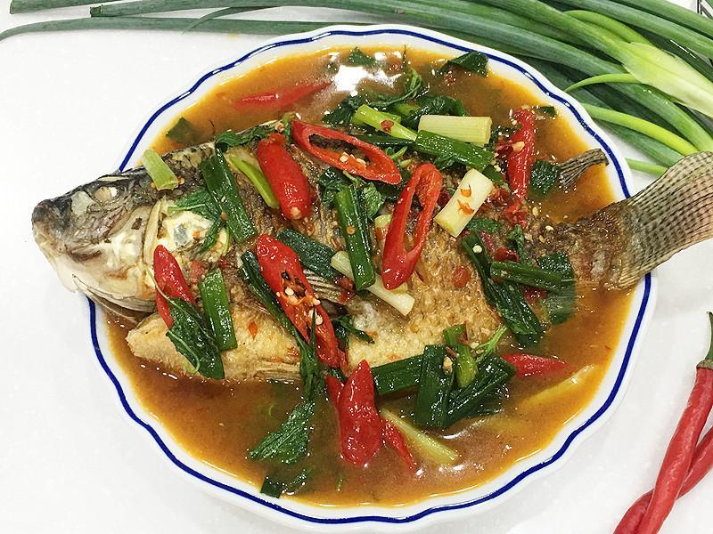 塔香蒜蓉紅燒魚