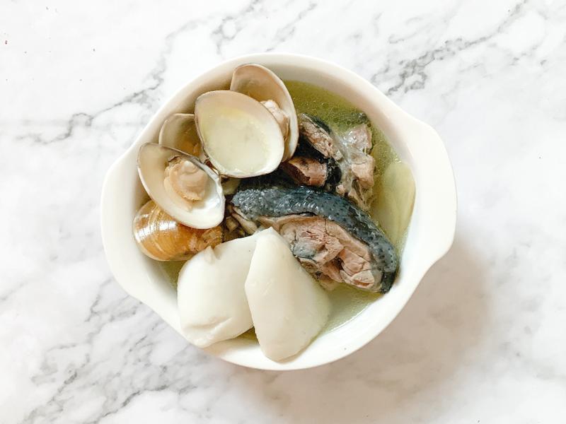 椰子蛤蜊雞湯