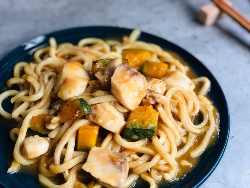 香煎南瓜鯛魚腹片咖哩烏龍麵