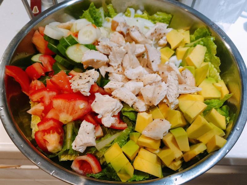 健康美味酪梨雞肉沙拉