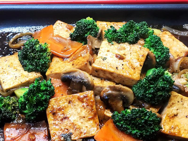 黑胡椒鐵板豆腐