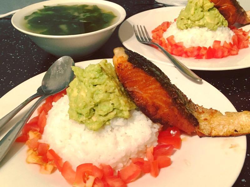 連外國人都愛❤️的日式鮭魚散壽司
