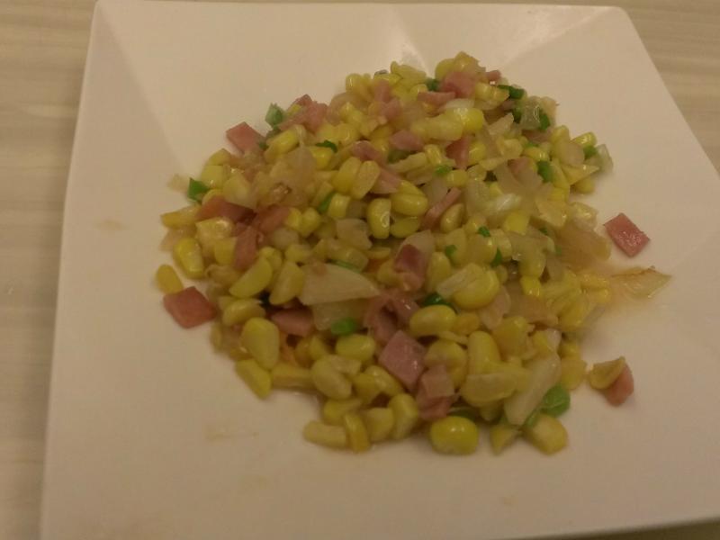 [博客] 火腿洋蔥炒玉米