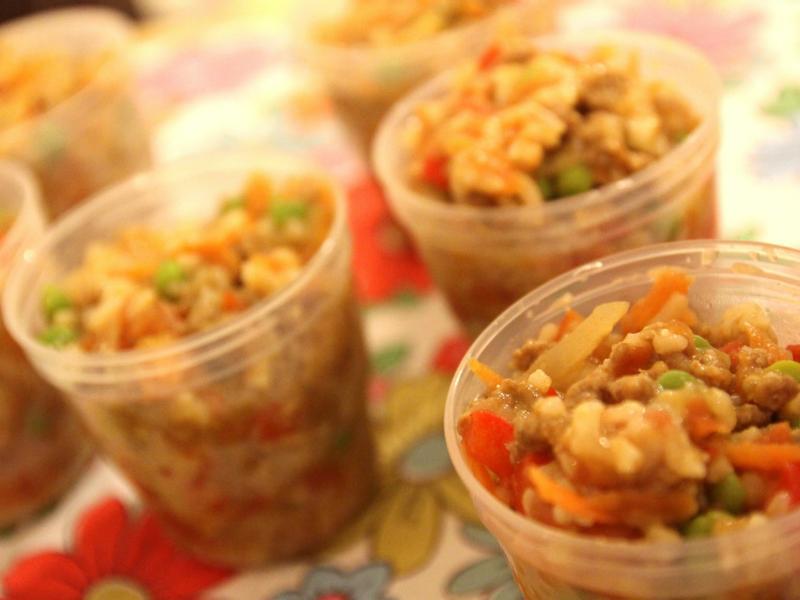 小人兒副食品【9-12個月】--牛絞肉青蔬拌飯