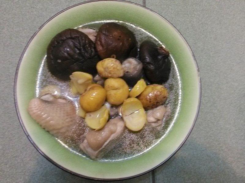 秋栗香菇雞湯麵