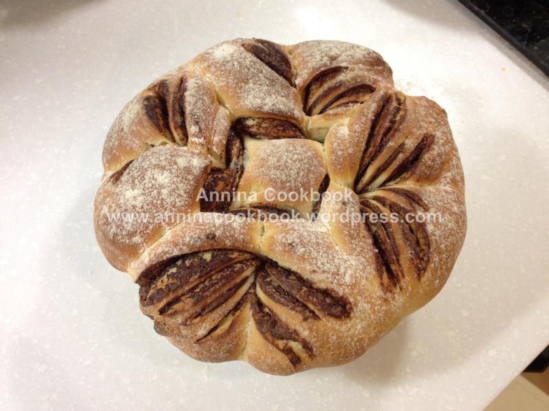 巧克力花圈麵包
