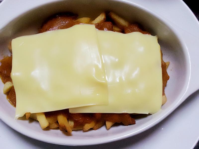 【快速】起士肉醬薯條