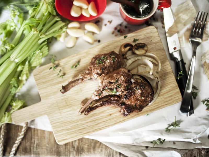 羅馬香煎羊排與薄荷醬