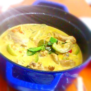 泰式醬料包: 綠咖哩雞