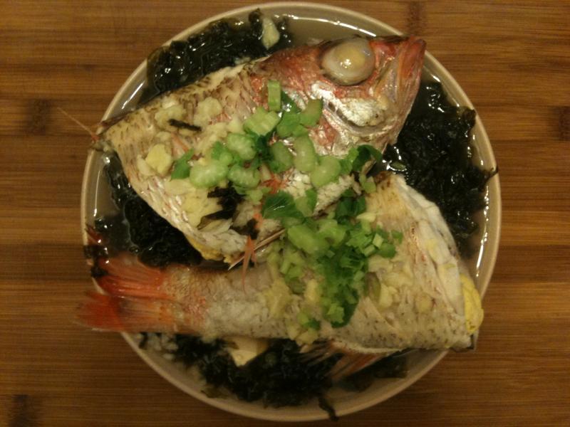 清蒸紅喉佐紫菜豆腐(萬用蒸魚法)