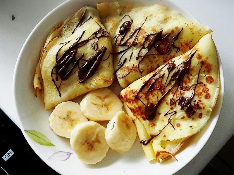 香蕉佐巧克力法式薄餅
