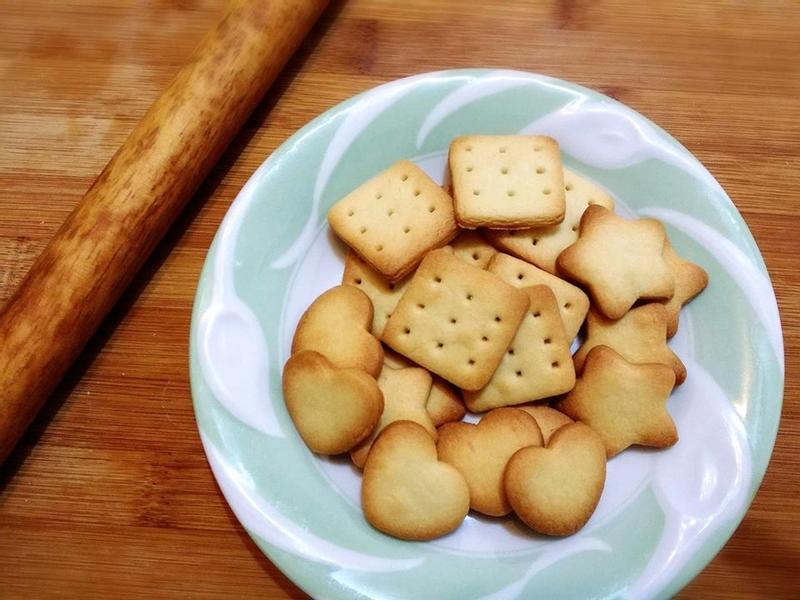 簡單做//可愛的煉乳小餅乾