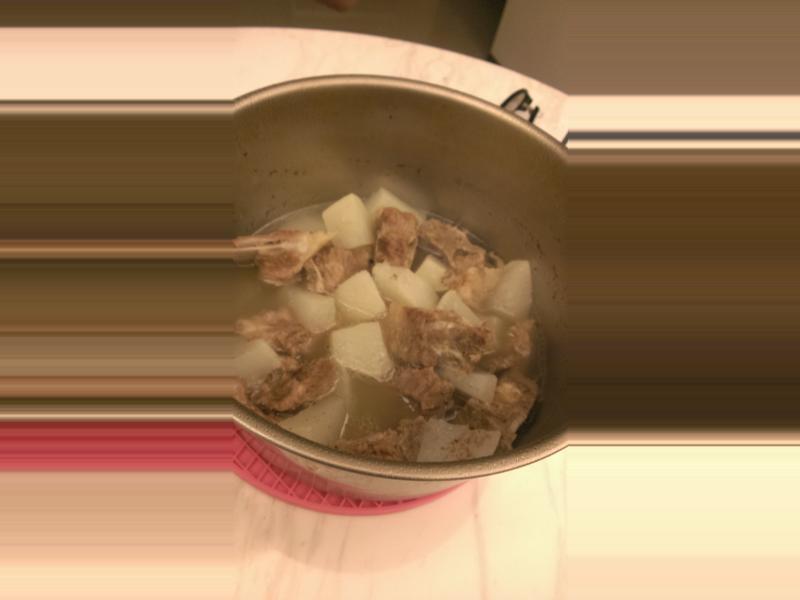 完全電鍋料理㊣蘿蔔排骨湯~