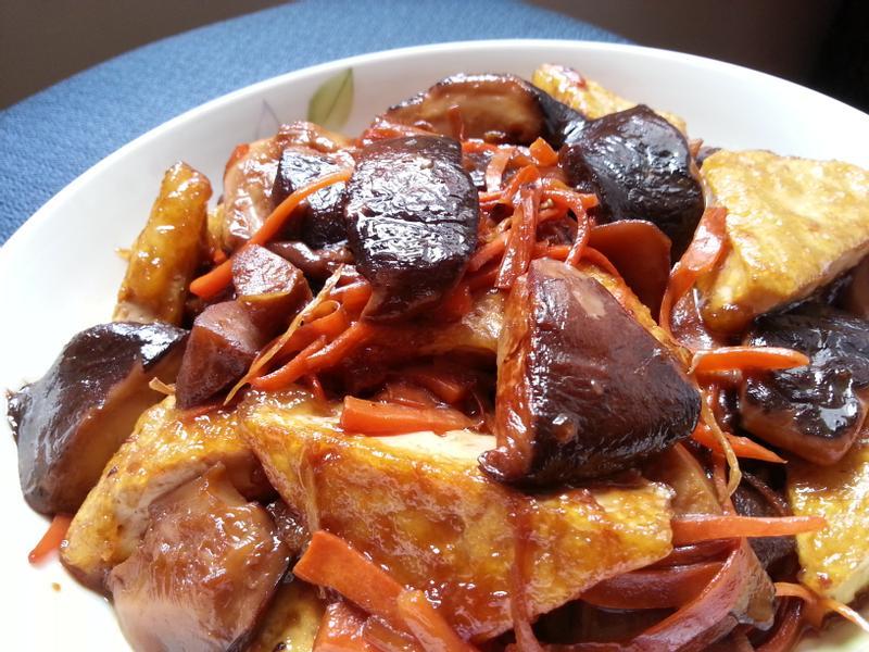 醬燒鮮菇會脆皮豆腐