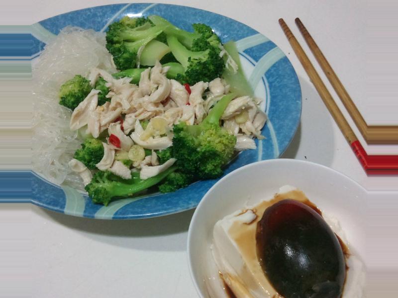 涼拌雞絲花椰菜 *有飽足感的健康減肥餐*