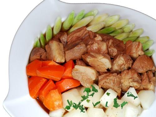 白玉紅燒肉