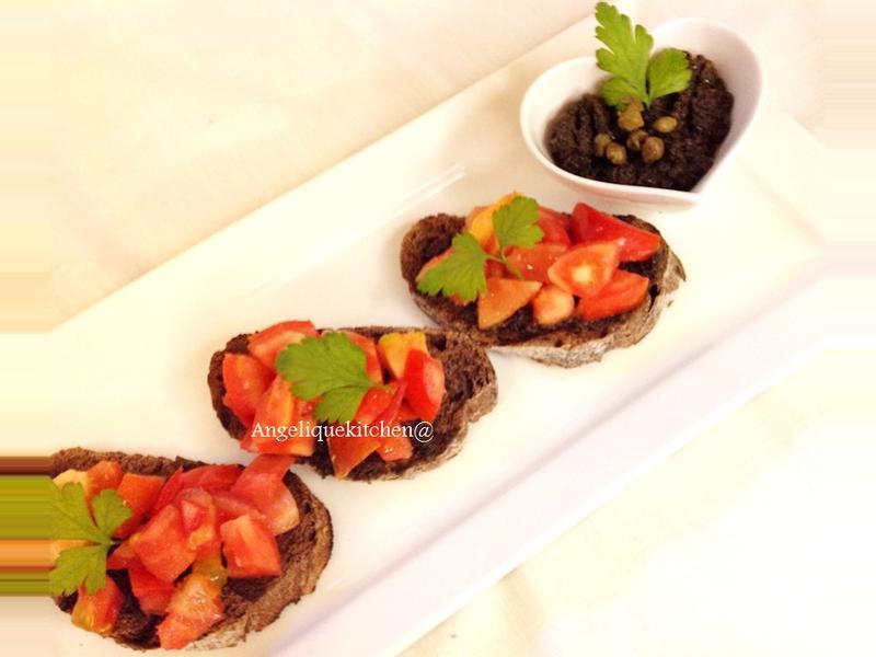 蕃茄橄欖抹醬烤麵包Tapenade