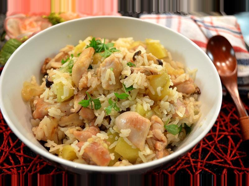 蕃薯雞丁焗飯