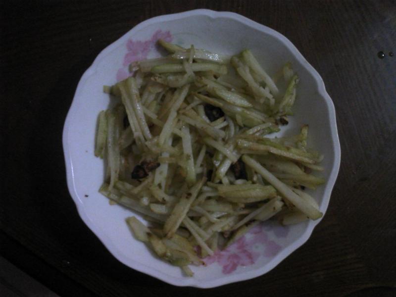 香蒜炒土豆絲