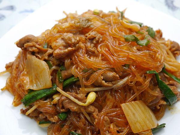 泡菜炒冬粉
