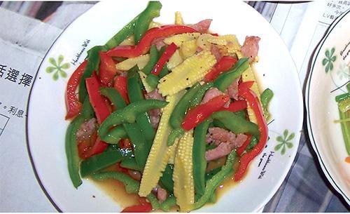 雙色彩椒炒玉米筍