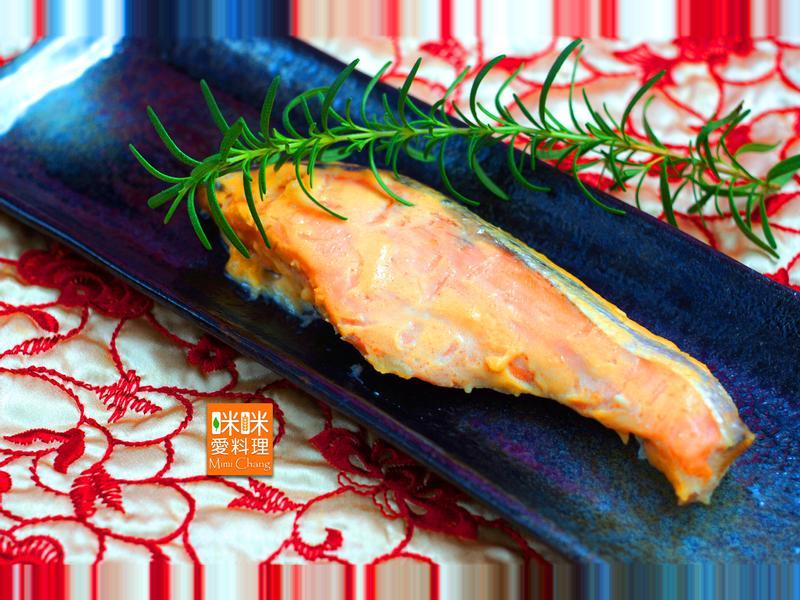 Mimi♥迷迭香酒泊鮭魚【懶人料理】